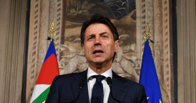Italy's Prime minister candidate Giuseppe Conte addresses journalists after a meeting with Italy's President Sergio Mattarella on May 27, 2018 at the Quirinale presidential palace in Rome. Italy's prime ministerial candidate Giuseppe Conte gave up on Sunday his mandate to form a government after talks with the president over his cabinet collapsed. (Photo by Vincenzo PINTO / AFP)        (Photo credit should read VINCENZO PINTO/AFP/Getty Images)